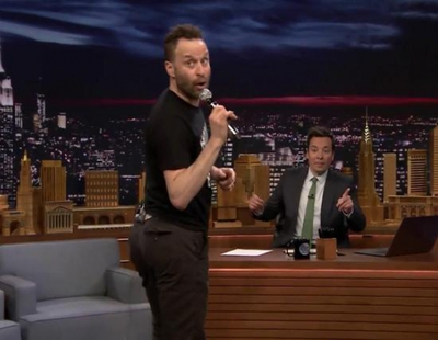 'The Tonight Show': Jon Glaser ('Girls') se arranca a cantar y bailar imitando a Pitbull