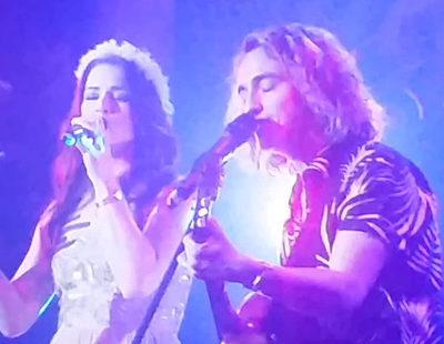 "London Eurovision Party 2017: Manel Navarro y Lucie Jones versionan ""In the name of love"""