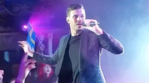 "London Eurovision Party 2017: Robin Bengtsson canta ""I can't go on"""