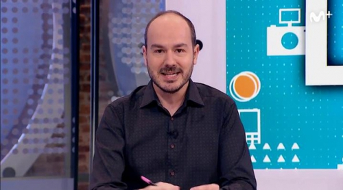 'Likes': Alejandro Alcaraz comenta el partido entre Aznar y Bertín durante su visita en 'Mi casa es la tuya'