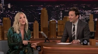'The Big Bang Theory': Kaley Cuoco (Penny) canta la sintonía de la serie con Jimmy Fallon