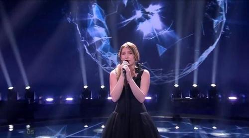 """Eurovisión 2017: Blanche (Bélgica) canta """"City lights"""" en el Festival"""