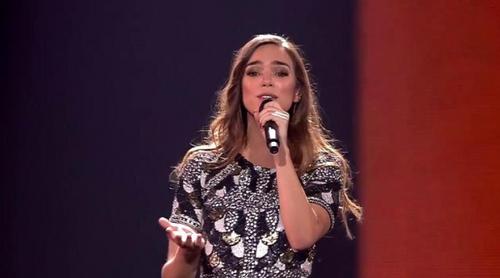 """Eurovisión 2017: Alma (Francia) canta """"Requiem"""" en el Festival"""