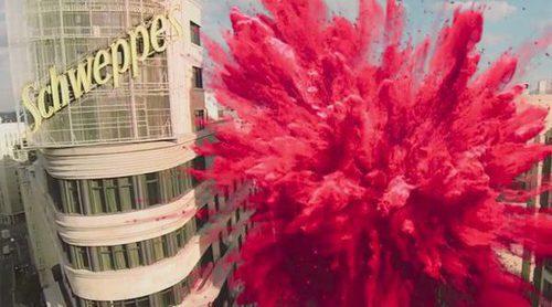 Madrid se inunda de polvos de colores en la promo del World Pride 2017 de Telemadrid