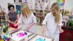 Berta Collado y Patricia Conde ('SLQH') acuden juntas a clase de pintura en 'Cadena de Amigas'