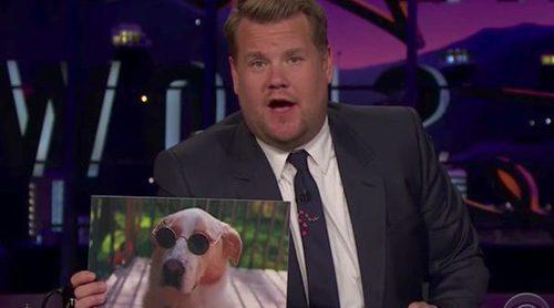 James Corden y su nueva afición: enseñar fotos de perros con gafas de sol en 'The Late Late Show'