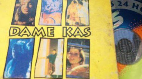 """El anuncio del refresco en el verano de 1994 con la versión tan pegadiza de """"Dame más"""", de Álex de la Nuez"""