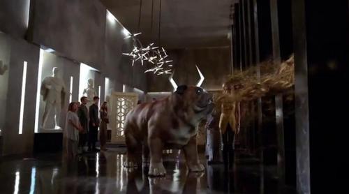 'Inhumans': Nuevo avance de la serie con Lockjaw, el perro gigante, como protagonista