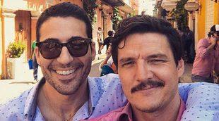 'Narcos': Miguel Ángel Silvestre y Pedro Pascal se marcan un baile sensual en la presentación de la temporada