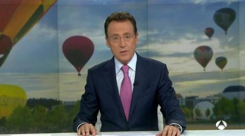 Matías Prats se marca un nuevo chascarrillo, en esta ocasión aéreo, con motivo de una competición de globos