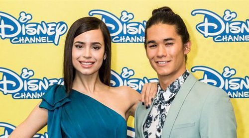 """Sofia Carson y Booboo Stewart, sobre 'Los Descendientes 2': """"La película tiene un mensaje muy feminista"""""""