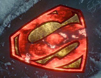 'Krypton' ilumina el símbolo de Superman en su nuevo avance