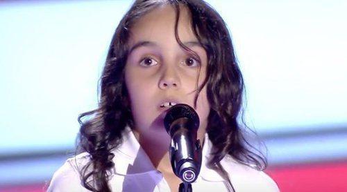 """'La Voz Kids': Carla Olga, de 8 años, sorprende al jurado con su versión de """"La vie en rose"""""""