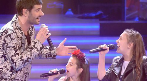 Los coaches cantan con sus equipos en el avance de la semifinal de 'La Voz Kids'