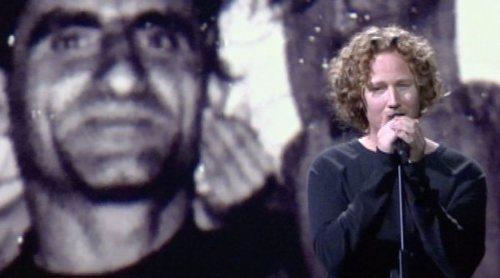 """Eurovisión 2018: Michael Schulte canta """"You Let Me Walk Aloneen"""" (Alemania) en el ensayo de la Semifinal 2"""