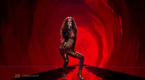 """Eurovisión 2018: Eleni Foureira (Chipre) canta """"Fuego"""" en la Gran Final"""