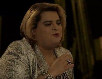 Paquita Salas les da indicaciones a los actores de Netflix en la promo de la segunda temporada