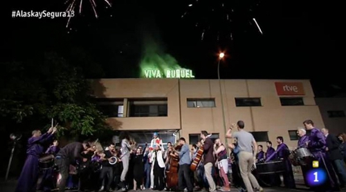 La despedida de los Estudios Buñuel en 'Alaska y Coronas' (2015)