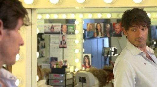 'El intermedio': Andrés Velencoso se convierte en El Gran Wyoming en la promo de la 13ª temporada