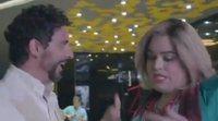 'Paquita Salas' se cuela en la premier de 'La casa de las Flores' y se topa con Paco León