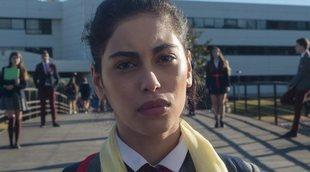 """Mina El Hammani ('Élite'): """"Hay que empatizar con quien tienes enfrente. No hay nada ofensivo en llevar velo"""""""