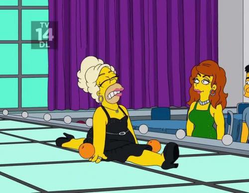 El crossover entre 'Los Simpson' y RuPaul' donde Homer saca a la luz su arte como drag
