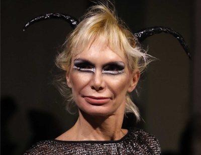 Yola Berrocal se convierte en vampiresa para desfilar en la Mercedes Fashion Week