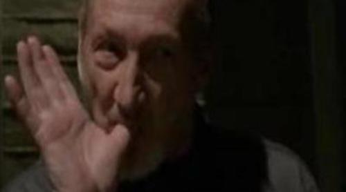 Robert Englund (Freddy Krueger) en 'Bones'