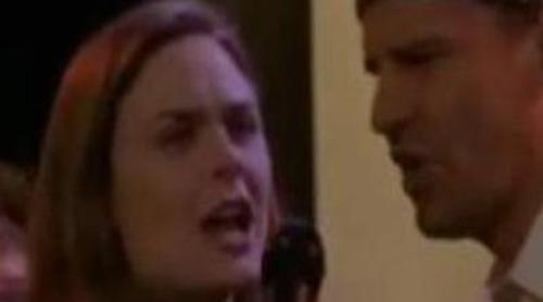 Brennan y Booth cantan juntos en 'Bones'