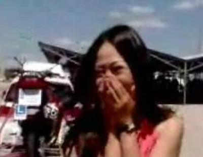 Usun Yoon consigue aprobar el carnet de conducir en 'El intermedio'