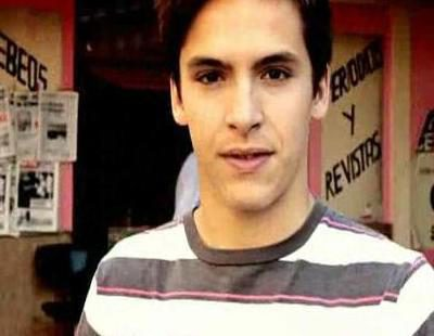 Cabecera de la temporada 12 de 'Cuéntame cómo pasó' con Alejo Stivel