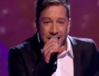 """Matt Cardle, ganador de 'The X Factor', canta """"When We Collide"""""""