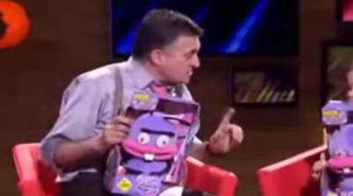 Wyoming le regala a una niña a Trancas y Barrancas de 'El hormiguero'
