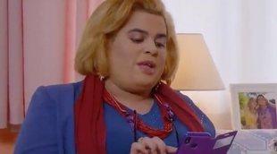 Paquita Salas se convierte junto a Noemí en una experta en apps en esta promo de la serie