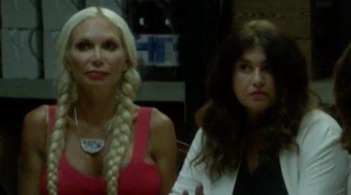 Yola Berrocal y Lucía Etxebarría se convierten en dos curiosas jugadoras de brisca en 'Señoras del (h)AMPA'