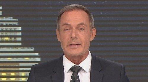 Hilario Pino vuelve a Telemadrid y presenta un nostálgico especial 30 aniversario de 'Telenoticias'