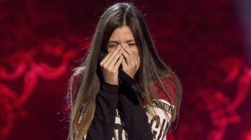 Elena Aguallo ('La Voz Kids') rompe a llorar en medio de su actuación al ver a Rosario girar su silla