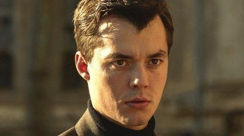 """Jack Bannon: """"'Pennyworth' no es una serie de superhéroes, no tiene capas y mallas"""""""