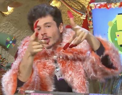 Miki Núñez imita a Rosalía, uñas postizas incluidas, en el programa infantil 'Rat Rank'