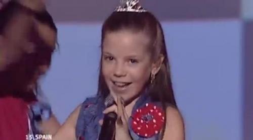 """La actuación estelar de María Isabel y su """"Antes muerta que sencilla"""" en Eurovisión Junior 2004"""