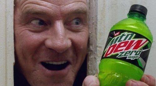 """Anuncio de Mountain Dew para la Super Bowl 2020, con Bryan Cranston recreando """"El resplandor"""""""