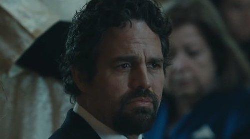 'La innegable verdad' anticipa la doble actuación de Mark Ruffalo en este tráiler