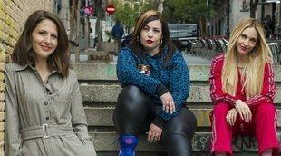 """Manuela Burló: """"'Por H o por B' es una comedia que esconde una denuncia de lo que nos ha tocado vivir"""""""