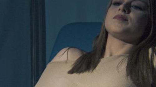 Iris acude a hacerse una revisión ginecológica en 'Ángel o demonio'