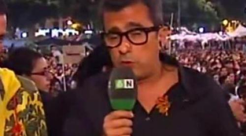 Andreu Buenafuente, reportero desde Plaza de Catalunya para 'Al rojo vivo'