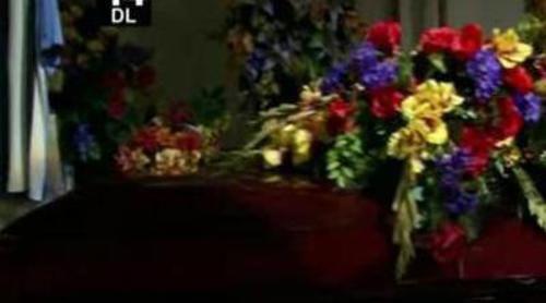 El funeral de Charlie Sheen en 'Dos hombres y medio'