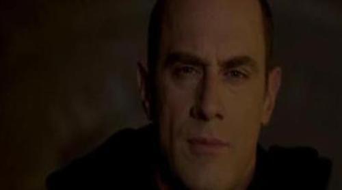 El nuevo vampiro interpretado por Christopher Meloni centra la última promo de la quinta temporada de 'True Blood'