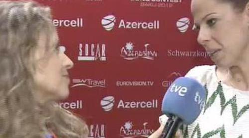 Pastora Soler se gana el favor de la prensa internacional nada más llegar a Bakú