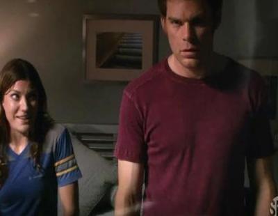 El nuevo trailer de la séptima temporada de 'Dexter' recuerda la relación del asesino con su hermana Debra