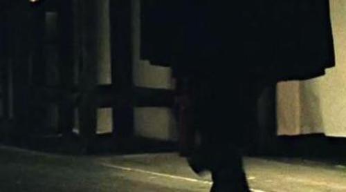 Una monja se desviste para meterse en la cama en el nuevo teaser de 'American Horror Story: Asylum'